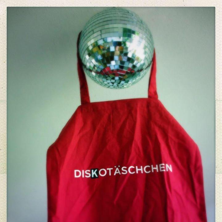 Lovebrain and Diskotäschchen Tour Dates