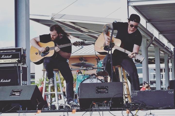 Justin Goodson @ Austin's Firegrill & Oyster Bar - Albany, GA