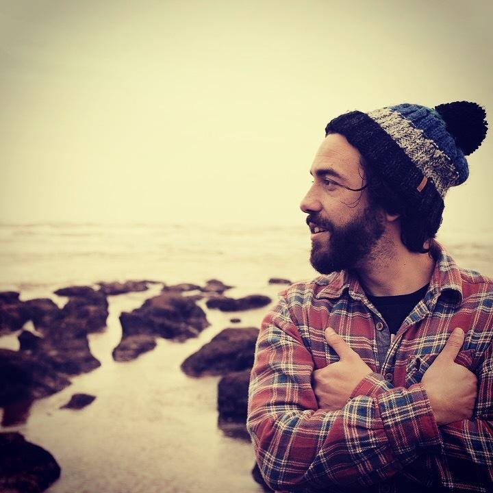 Sam Green @ Lusty Glaze (Solo) - Newquay, United Kingdom