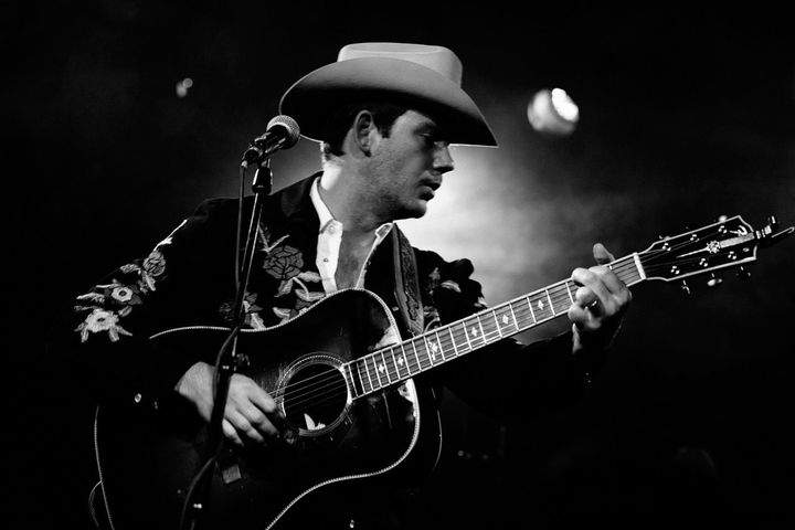 Sam Outlaw @ Loco Club - Valencia, Spain