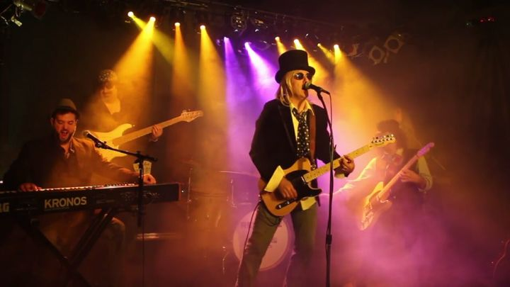 Refugee: The Ultimate Tom Petty and The Heartbreakers Tribute Band @ The Big Kahuna - Huntington, NY