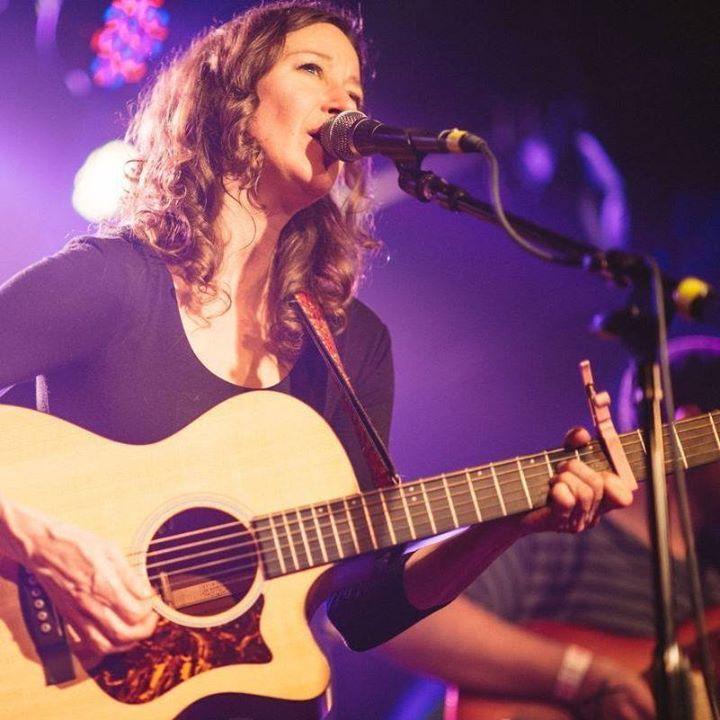Danielle Howle Tour Dates