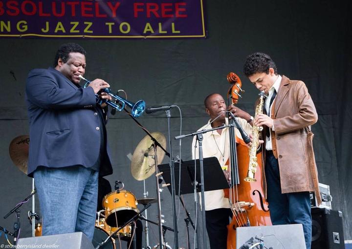 Emilio Modeste @ Wallace Roney Quintet @ Jazz Sur Son 31 Festival - Toulouse, France