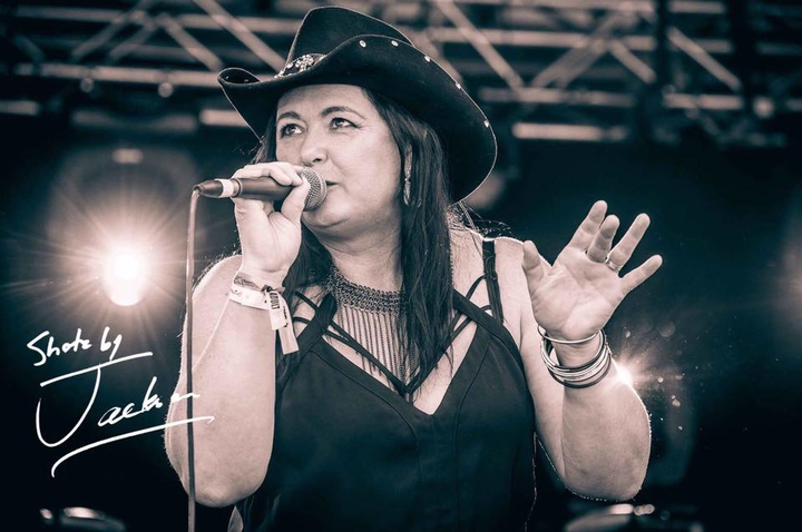 Whiskey Business @ THE GIRLS FROM WHISKEY BUSINESS @ The Bradford Hotel - Rutherford, Australia