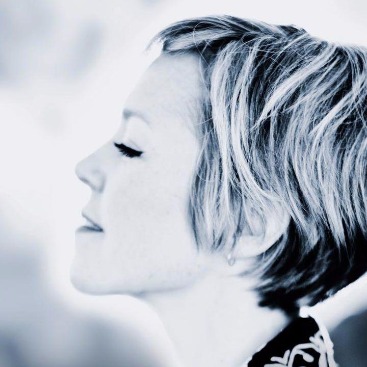Emily Barker @ Downtown Blues Club - Winterhude, Germany