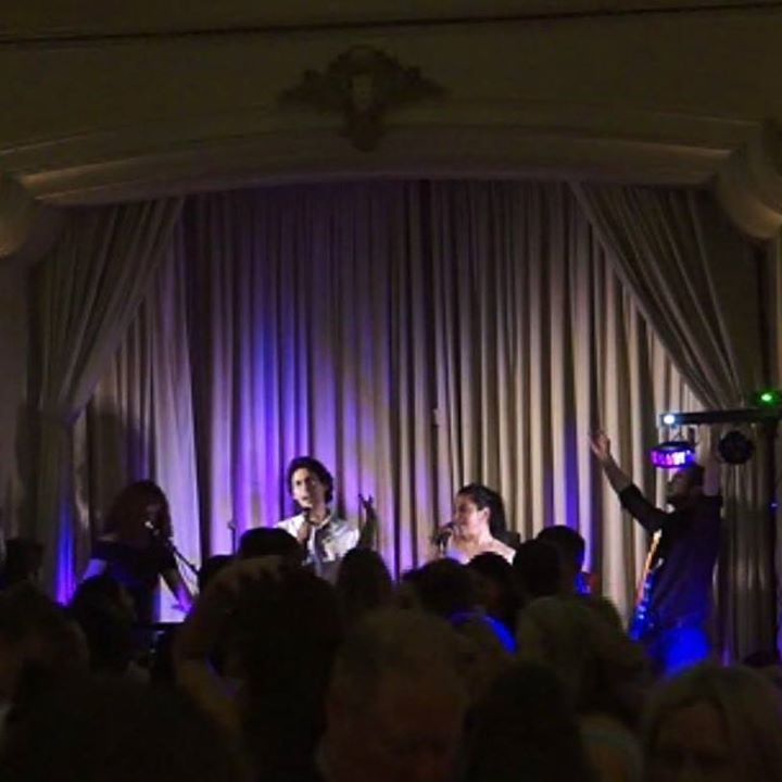 Foxwood Top 40s Cover Band @ Private Function - Melbourne, Australia