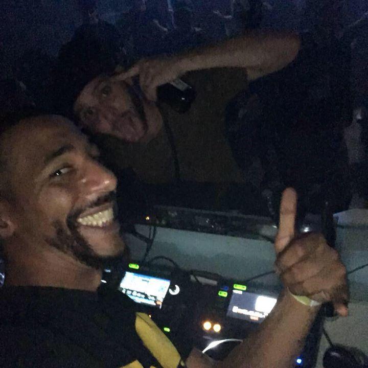 DJ Scratch N Sniff Tour Dates