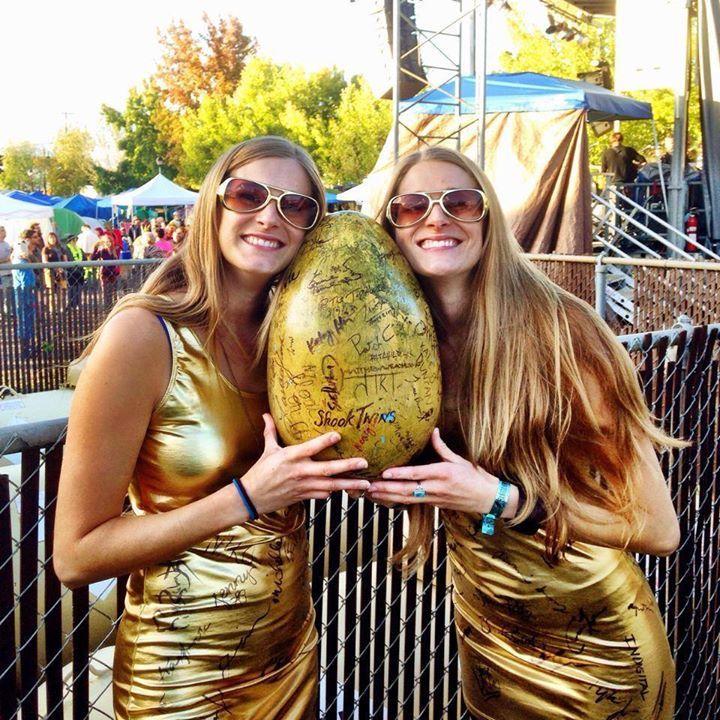 Shook Twins @ Harvest Music Festival - Ozark, AR