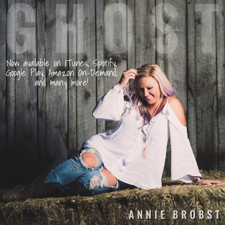 Annie Brobst @ Tumbledown Farms - Brookfield, NH