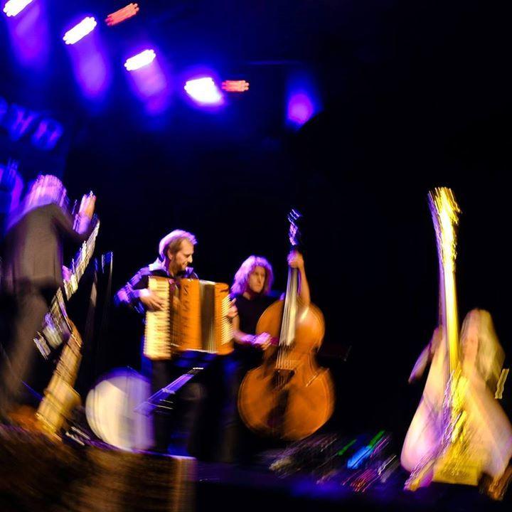 Quadro Nuevo @ Kulturforum Lüneburg / Konzertscheune - Lüneburg, Germany