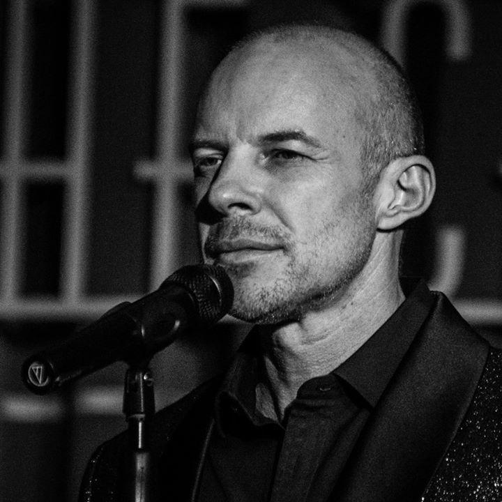 Gary Williams @ BBC Radio Humberside - Hull, United Kingdom