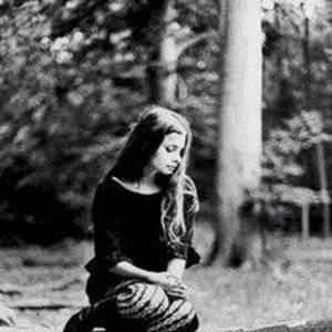 Hope Sandoval & The Warm Inventions Royale