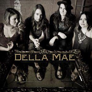 Della Mae Manchester Academy 3