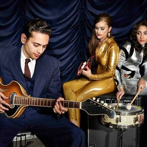 Kitty Daisy & Lewis WOW Hall