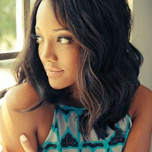 Mickey Guyton Jiffy Lube Live