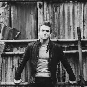 Hunter Hayes Nikon at Jones Beach Theater