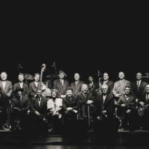 Lyle Lovett & His Large Band Michigan Theater