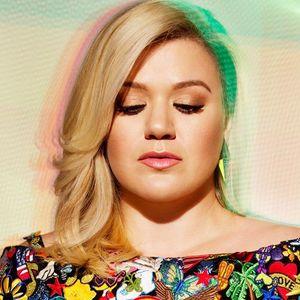 Kelly Clarkson Pepsi Center