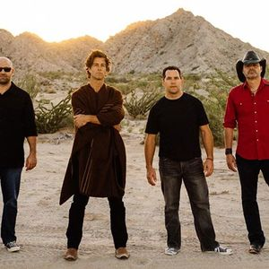 Roger Clyne & The Peacemakers Wooly's
