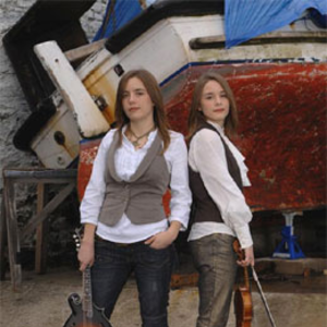 The Carrivick Sisters Green Note