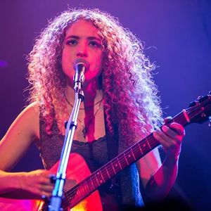 Tal Wilkenfeld KFC Yum! Center