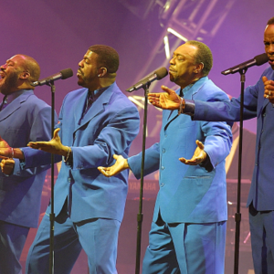 Harold Melvin's Blue Notes St. George Theatre
