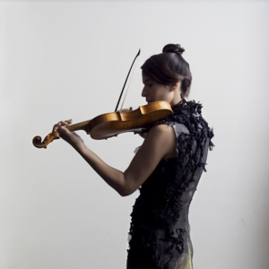 Amandine Beyer EGLISE ST-PHILIBERT