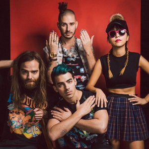 DNCE Verizon Center
