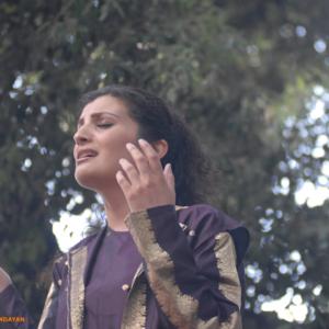 Waed Bouhassoun DEUX PIECES CUISINE LE BLANC MESNIL