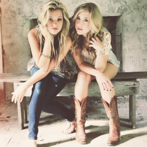 Maddie & Tae Islington Assembly Hall