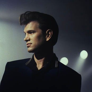 Chris Isaak Dryden