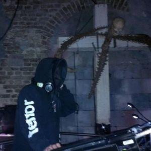 Torturer Coop Katacombes