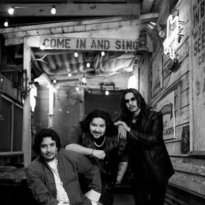 Los Lonely Boys The Mountain Winery
