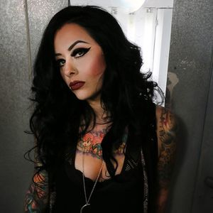 Lola Black Knitting Factory Concert House