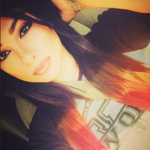 Snow Tha Product WOW Hall