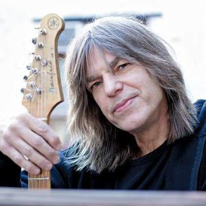 Mike Stern Jazz Cafe At Music Hall