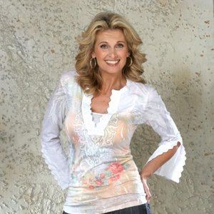 Linda Davis Century II Performing Arts Center - K-Love Christmas Tour
