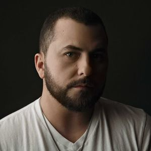 Tyler Farr Nikon at Jones Beach Theater