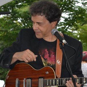 Matt Richards - guitarist Red Hill