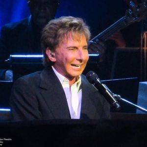 Barry Manilow - Mega Musical Genius Manchester Arena