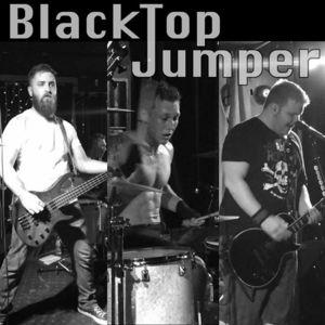 BlackTop Jumper The Mansion