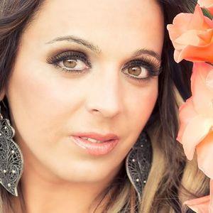 Dora María Aracruz
