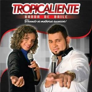 Banda Baile Tropicaliente clube 26 de julho