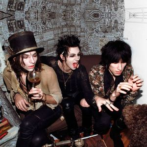 Palaye Royale Bottom Lounge
