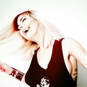 Anna Tur DJ SIGHT - PACHA
