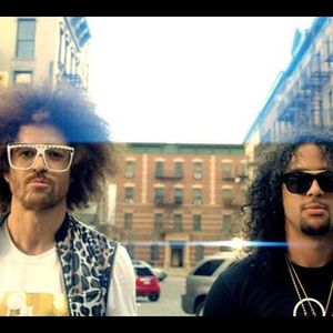 LMFAO Redfoo & The Party Rock Crew - Mia Clubbing