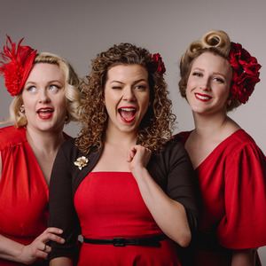 ROSIE & THE RIVETERS Ontario Festival of Small Halls