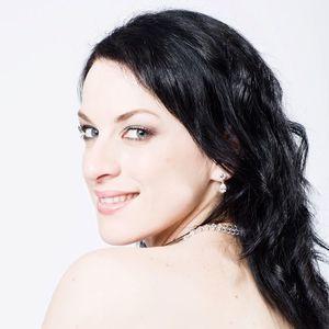 Madeleine Pierard - Soprano Royal Concert Hall