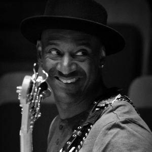Marcus Miller NOUVEAU SIECLE