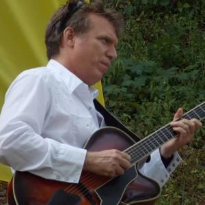 Tom Mitchell Swing Guitar Sotto Sopra